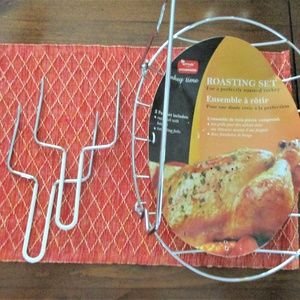 NEW Kittlee Roasting Rack Set w/ Handles & 2 Forks